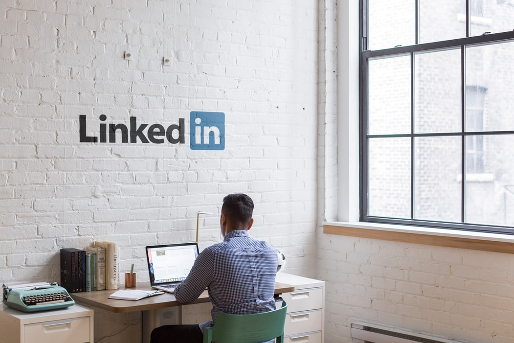 Finding talents on LinkedIn - Solutions for IT recruitment